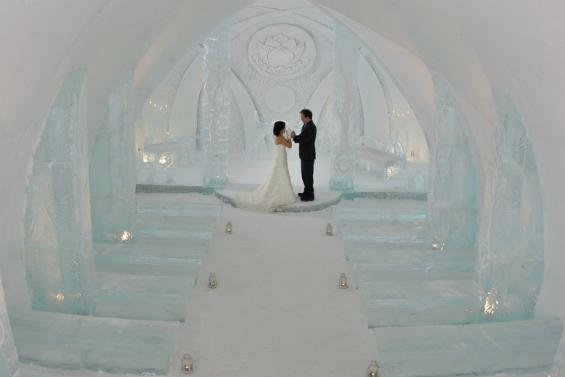 TT Daydreams: Hotel de Glace - My Hotel Wedding