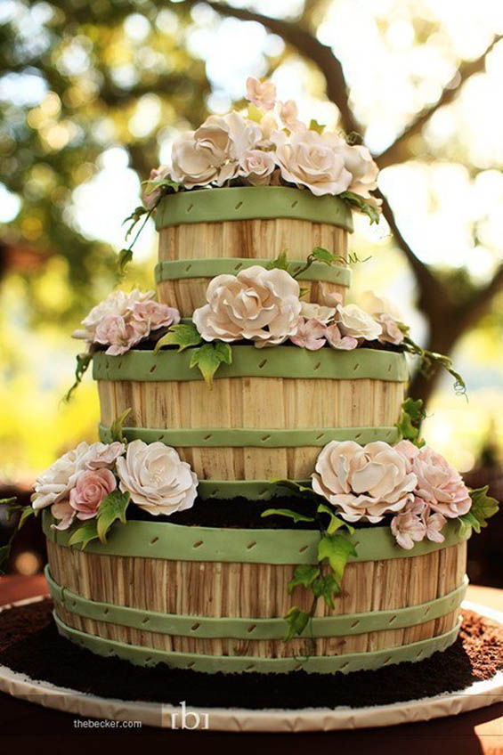 10 Creative Wedding Cakes That Are Pretty Too My Hotel Wedding