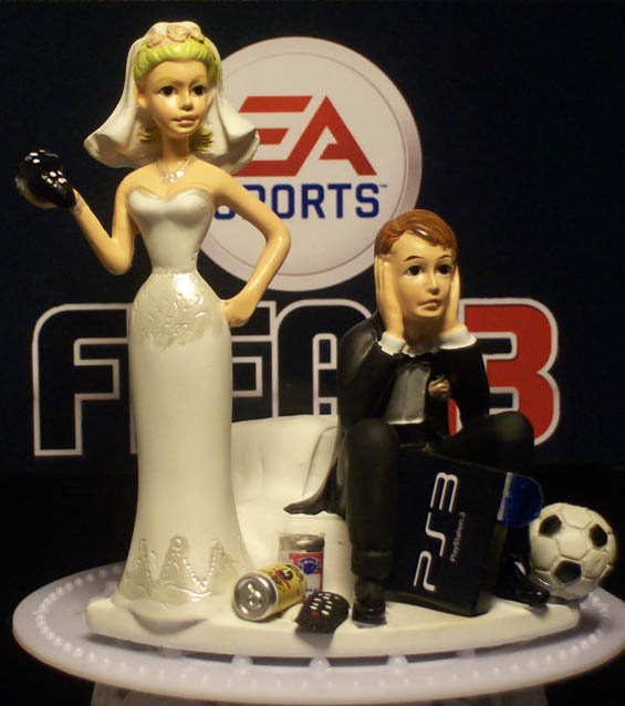 Soccer Wedding Cake Topper Inspiration for the Futbol Couple - My ...