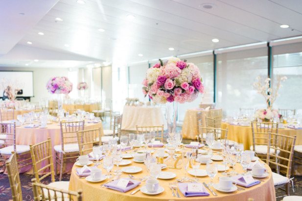 Outdoor Los Angeles Wedding At The Doubletree By Hilton My Hotel