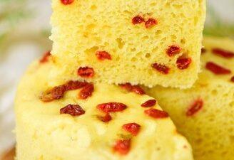 Medlar Corn Yogurt Cake
