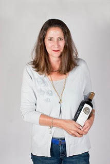 Sharon Kazan Harris, Owner and Director of Winemaking at RARECAT Wines. Sharon has educated and entertained thousands of professionals at companies throughout the United States with a strong emphasis on California