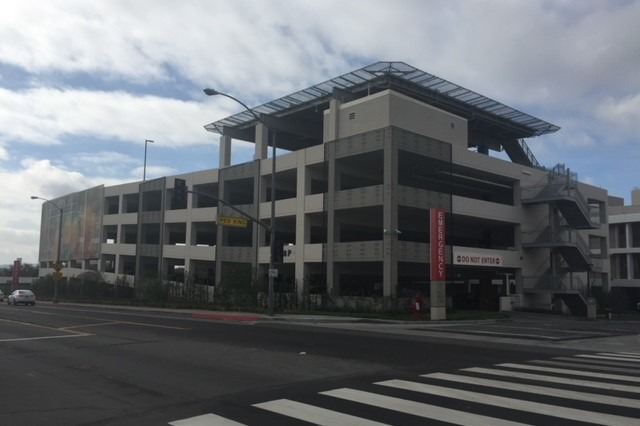 Pomona Valley Hospital Parking Structure