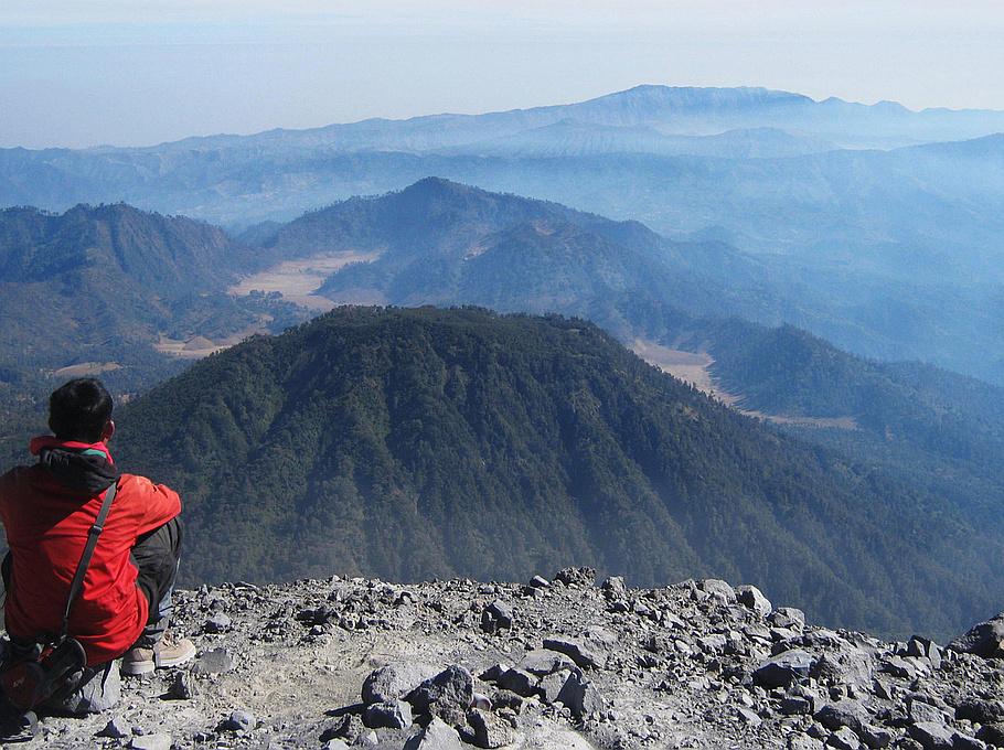 Hasil carian imej untuk Gunung Semeru, Indonesia?