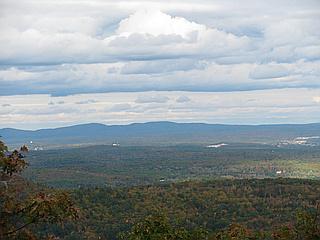 South Uncanoonuc Mountain - New Hampshire | peakery