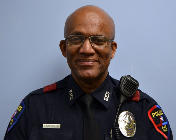 Plano police officer Art Parker clark high school officer of the year