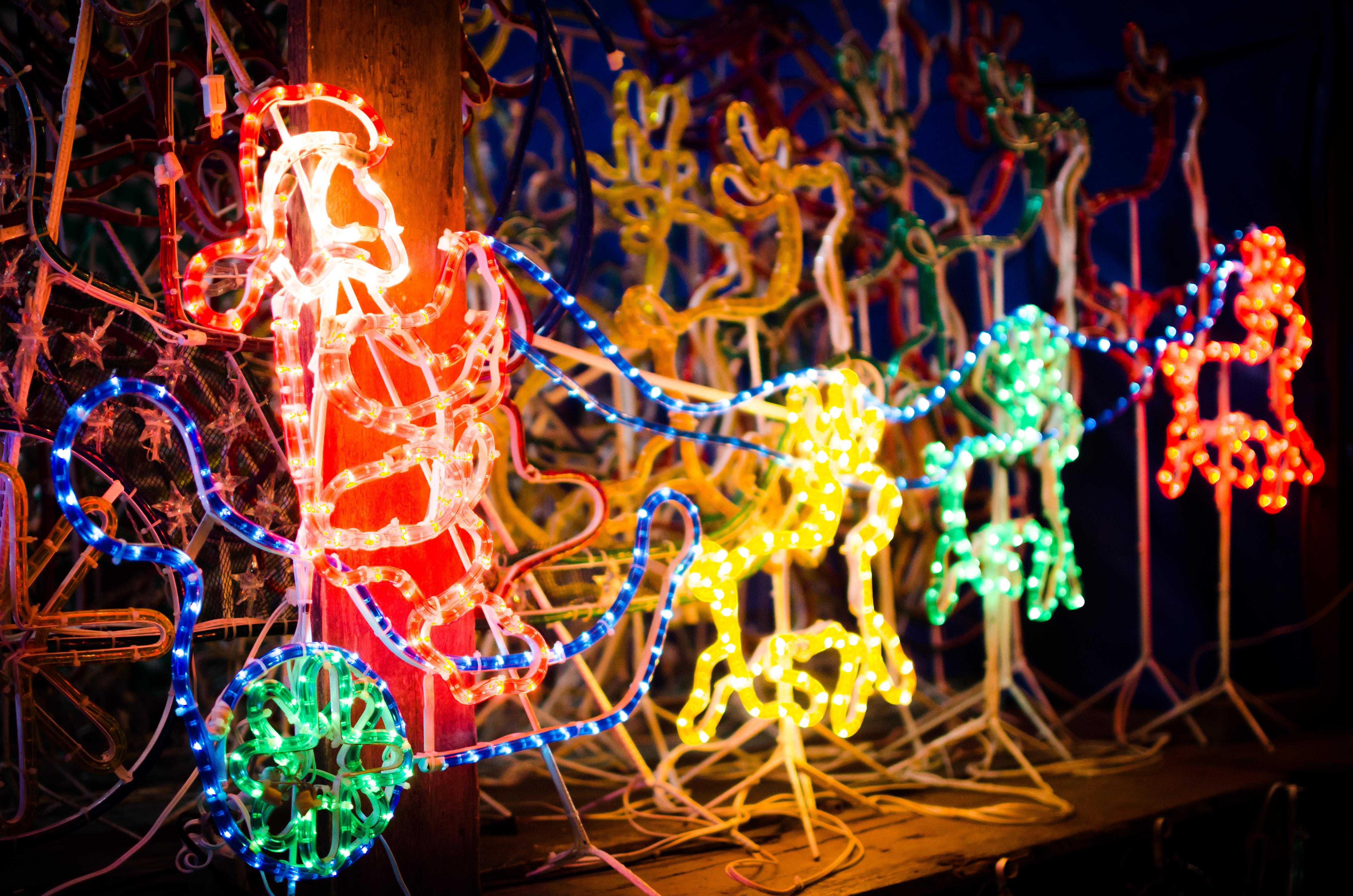 shutterstock_501695674 - Deerfield Plano Christmas Lights