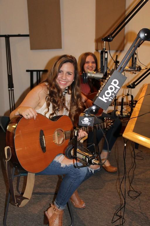 Peyton Shilling, Guitar, Music, Plano, Texas, Entertainment