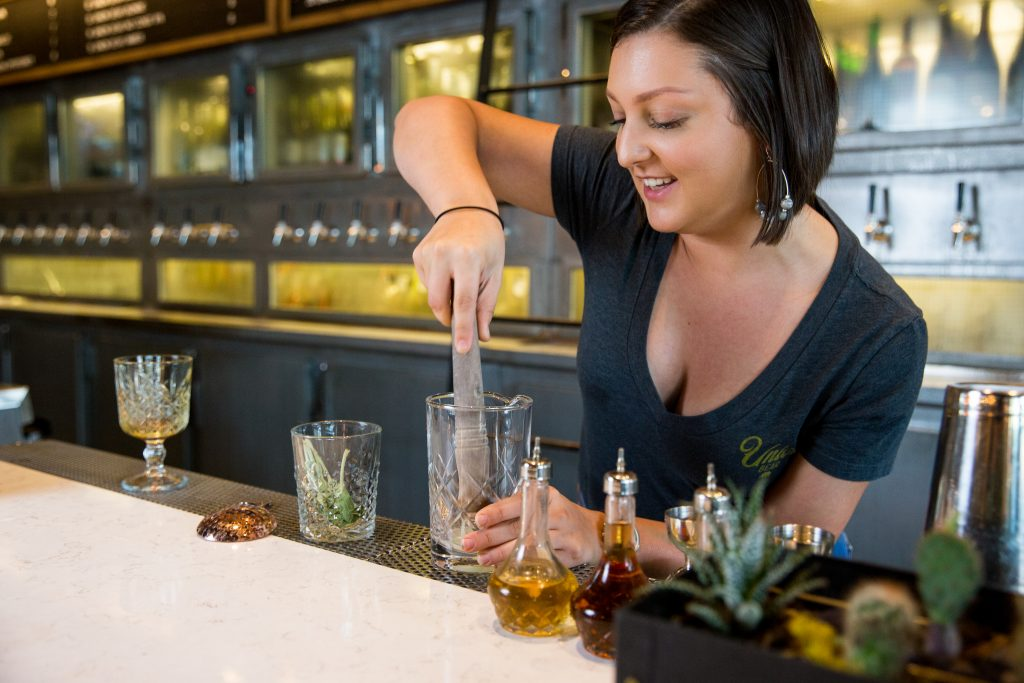 female bartender union bear plano