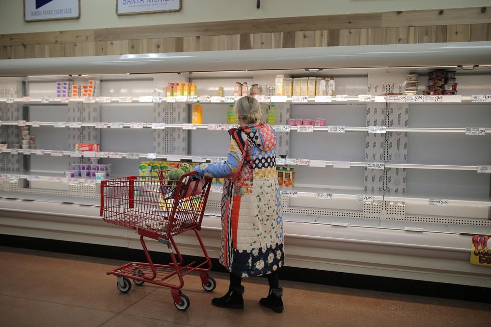 woman grocery store coronavirus