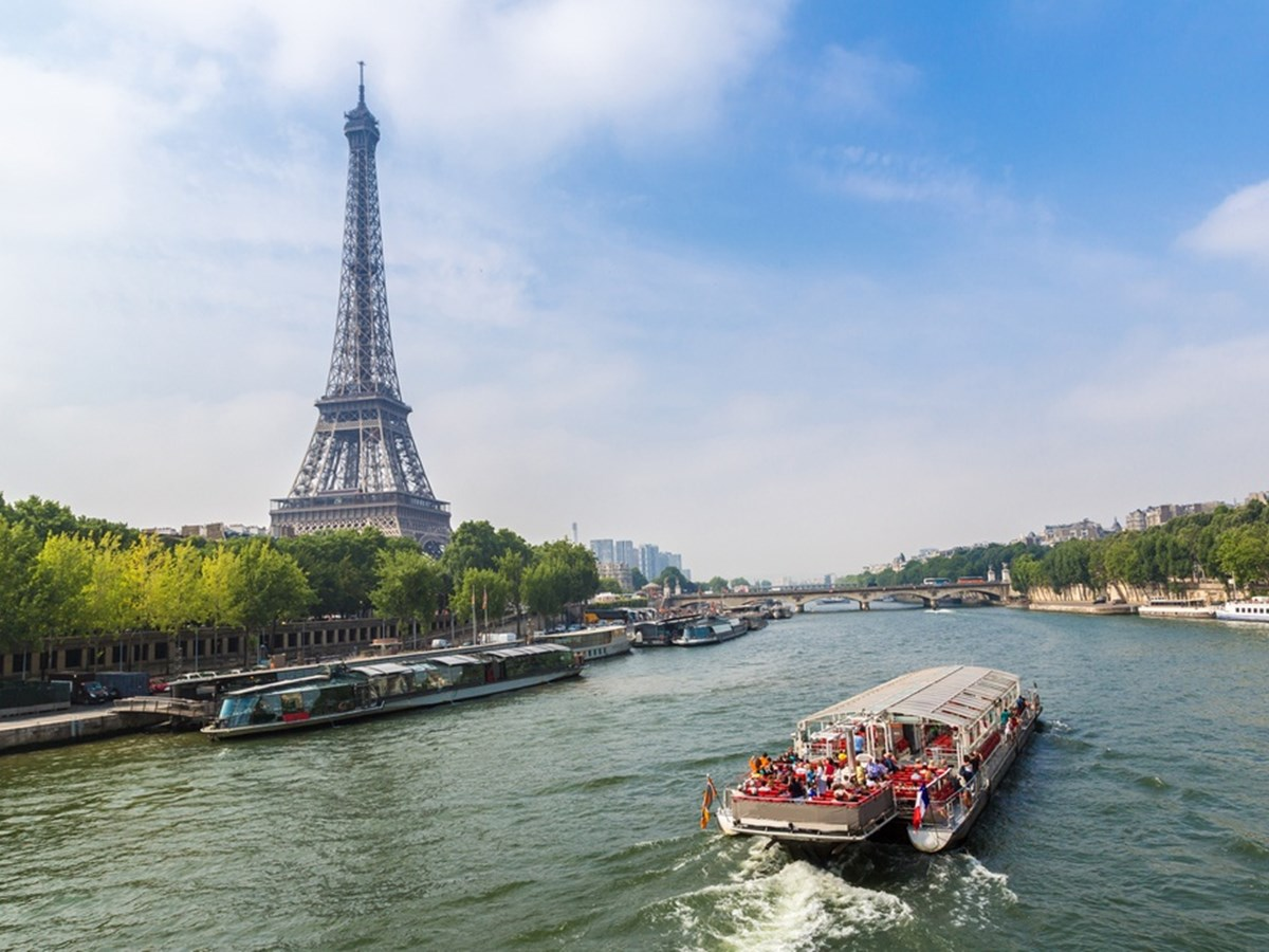 Product Eiffel Tower & Seine River Cruise