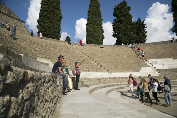 Product VIP Pompeii & Sorrento Small Group Tour