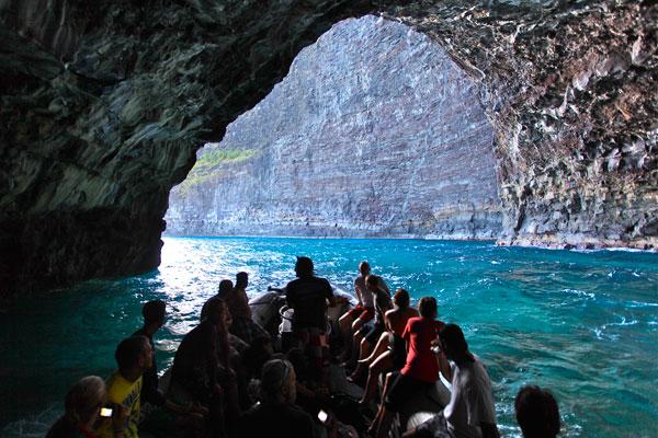 Scenic Kauai Na Pali Raft Tour image 1