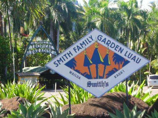 Product Kauai Wailua River Cruise & Fern Grotto