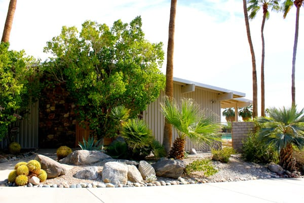 Edris house owner stays true to e stewart williams 39 vision for The edris house palm springs