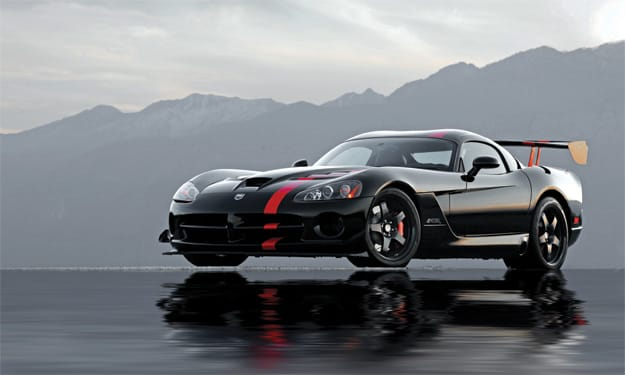 The Viper Srt 10 Acr Acr Stands For American Club Racer A Badge