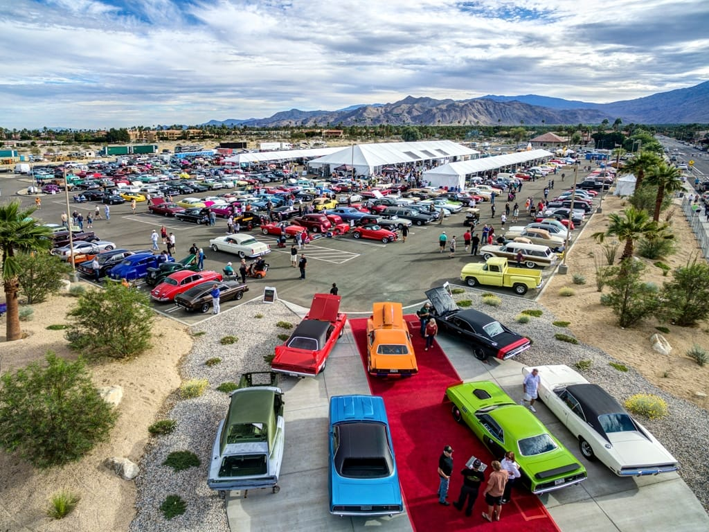 McCormicks Th Classic Car Auction At The Palm Springs Convention - Car auction show