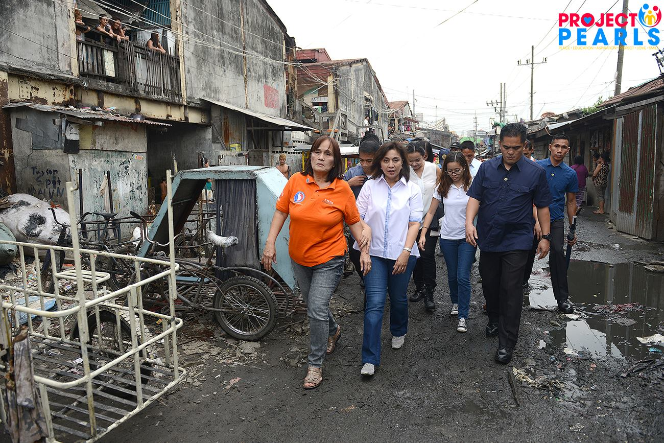 VP Leni visits Helping Land, Tondo - Project PEARLS