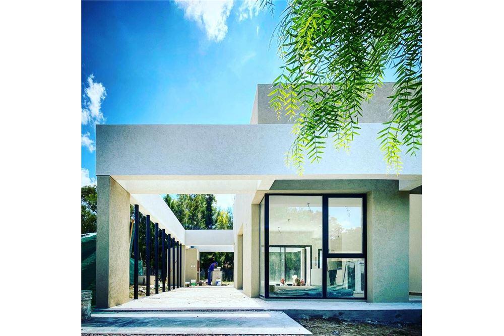 Casa en Venta en Esteban Echeverria G.B.A. Zona Sur
