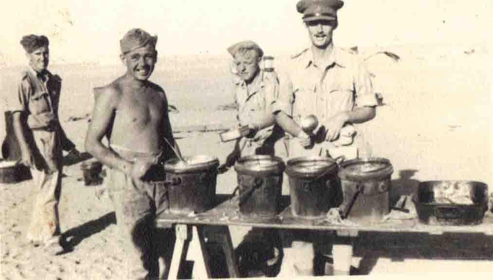 Grub up! WW2 in the desert