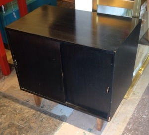 Knoll End Table