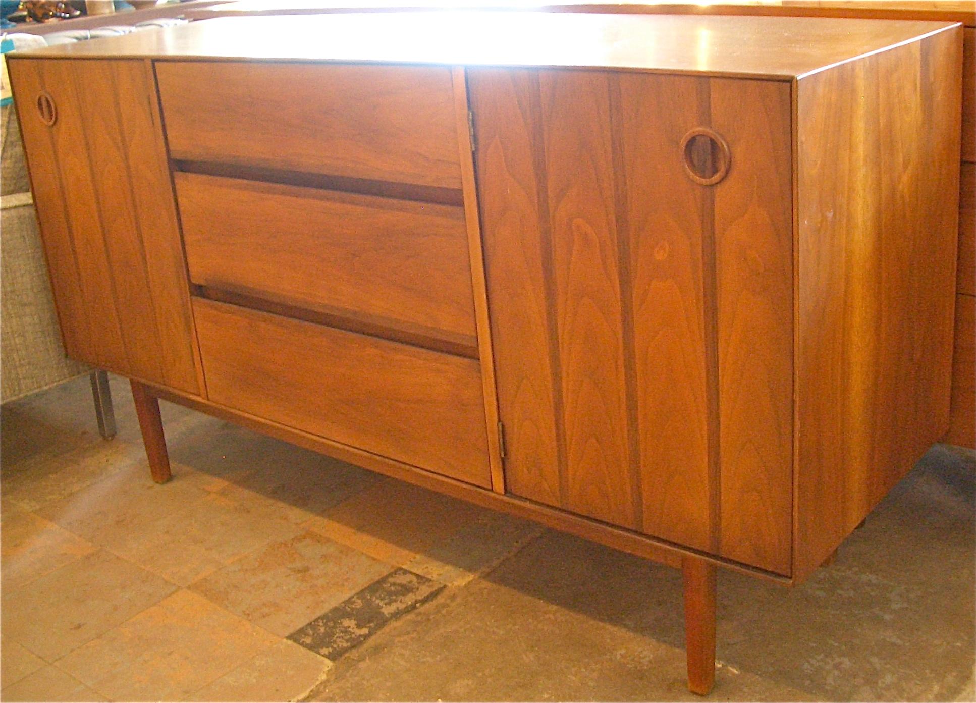 Walnut mcm buffet credenza mid century modern furniture for Mid century modern furniture houston