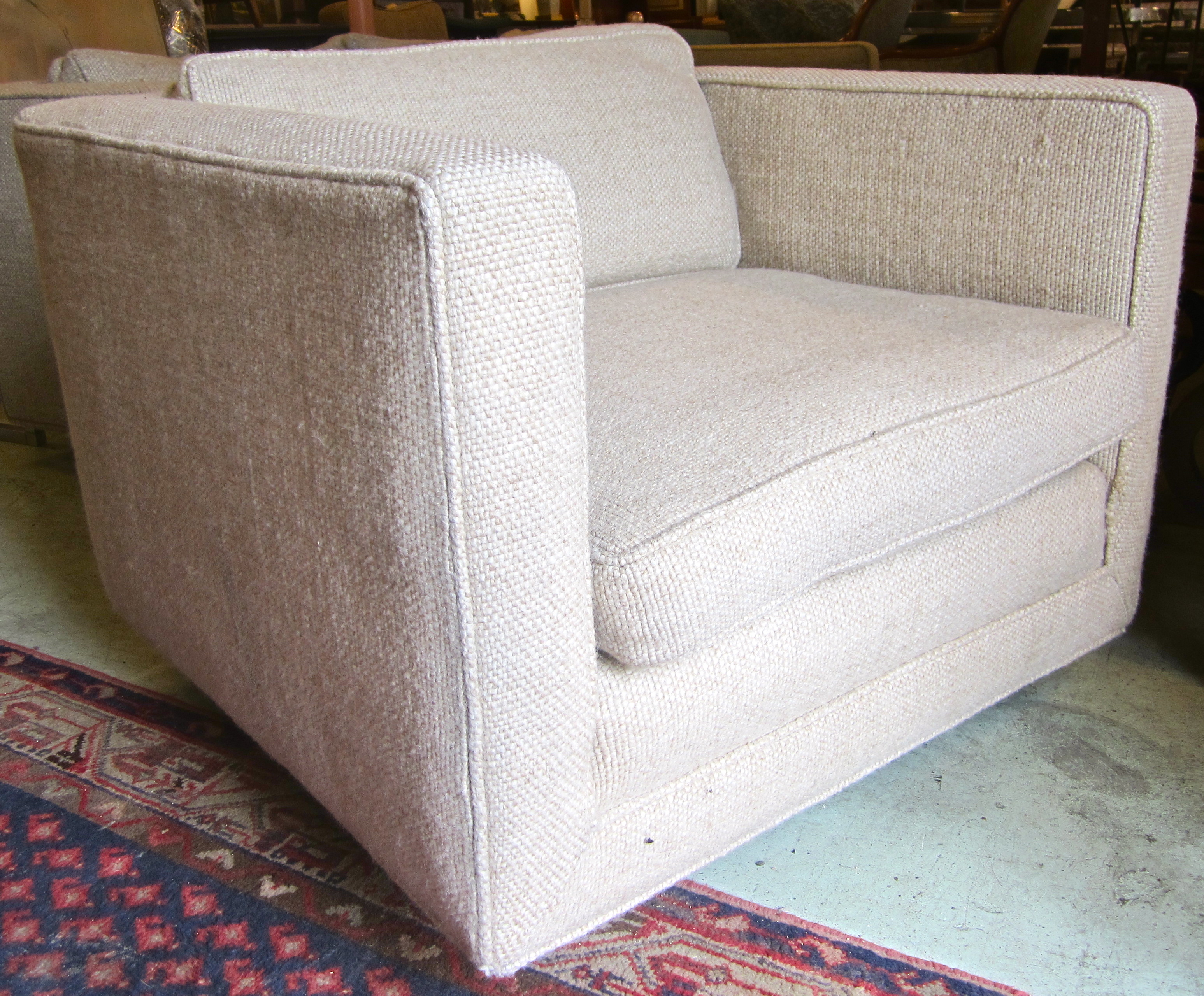 Mid Century Modern Club Chair Creme Fabric Wood Mid