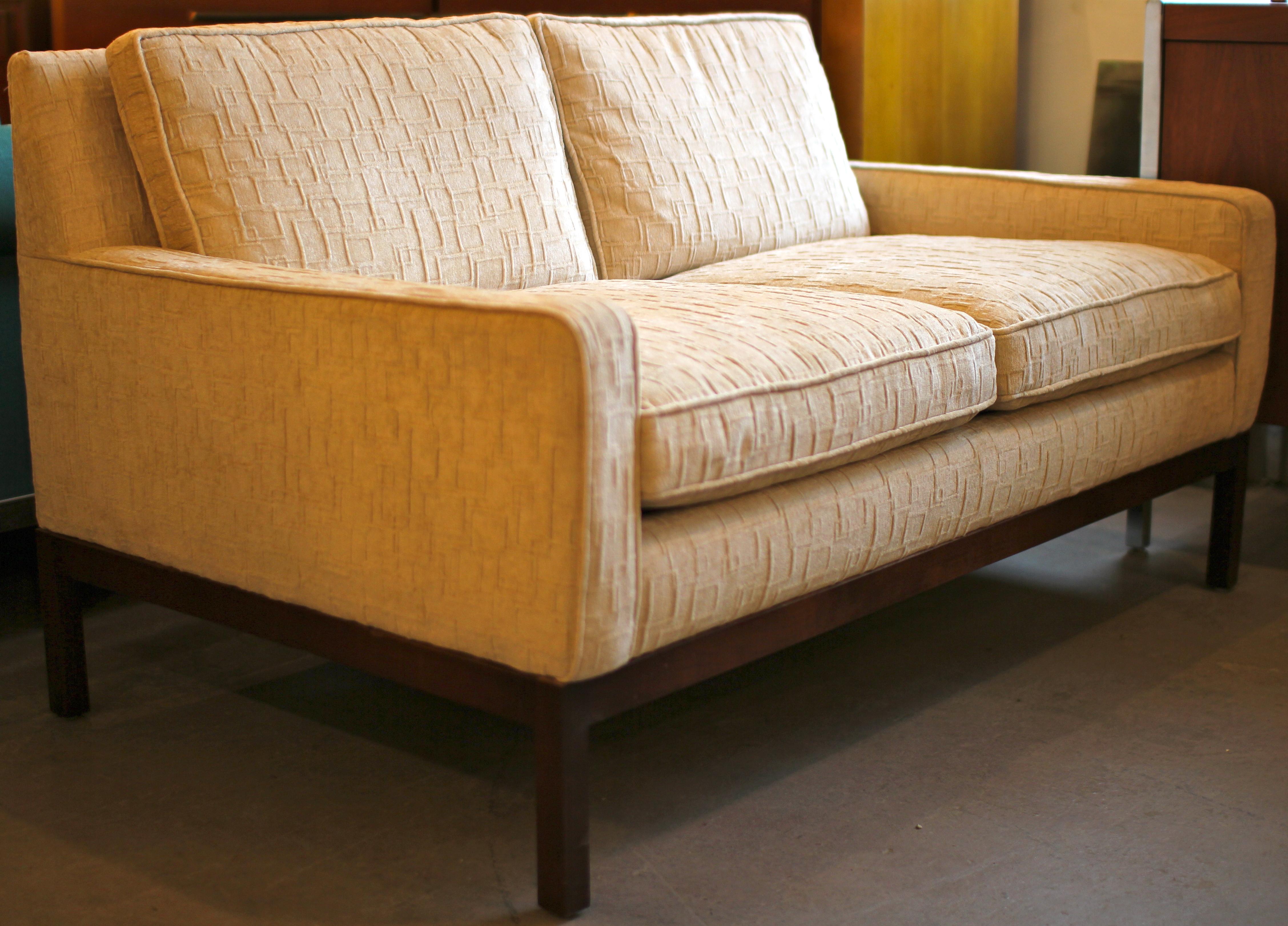 Dunbar Style Settee Chair Mid Century Modern Furniture