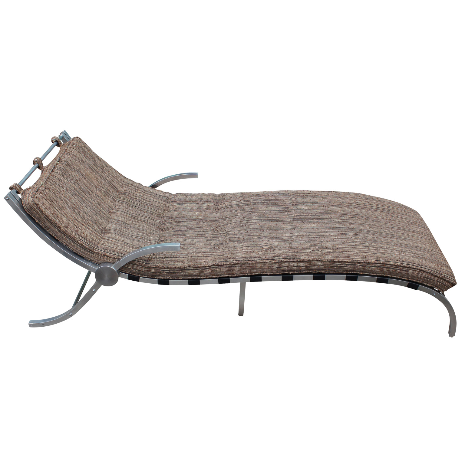 Sculptural aluminum chaise lounge for Chaise lounge aluminum