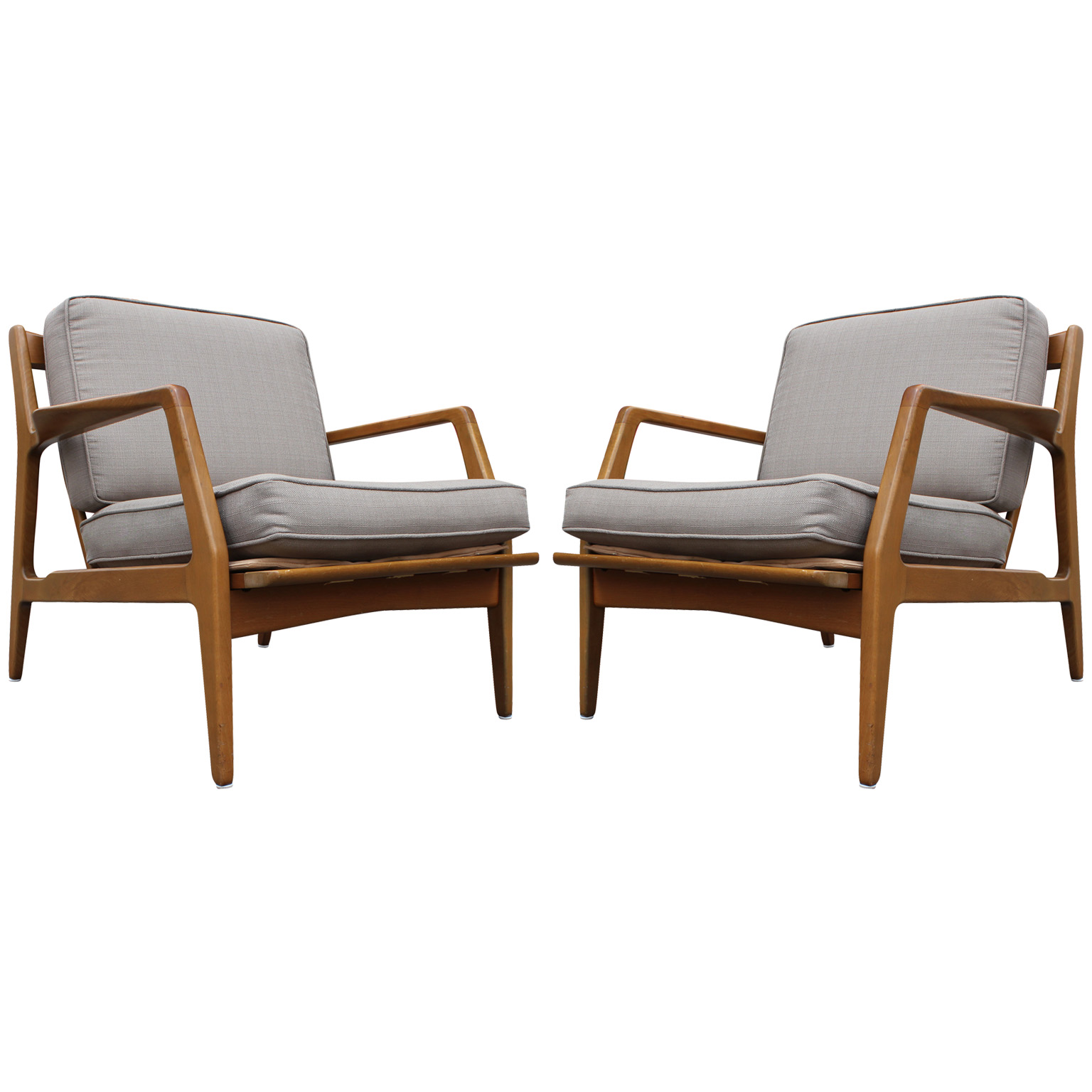 Elegant Pair Of Lounge Chairs By Ib Kofod Larsen For Selig