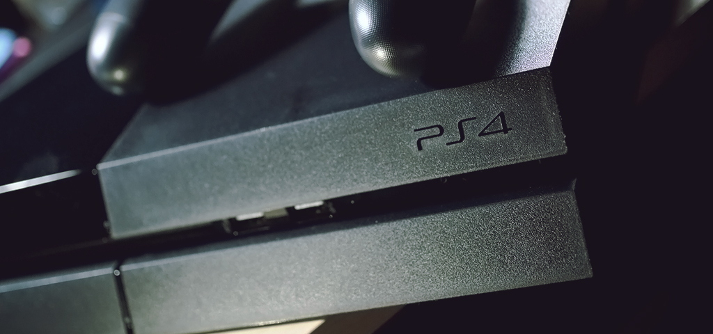 best-gaming-devices-to-integrate_review-weekly_blog_ps4