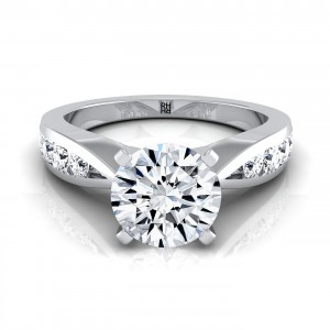 4 Prong Diamond Engagement Ring With Graduated Diamond Side Stones In 14k White Gold (3/8 Ct.tw.)