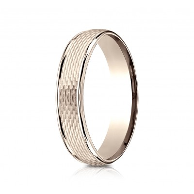 14 Karat Rose Gold 4.5mm Comfort-fit Round Edge Mesh Center Design Band