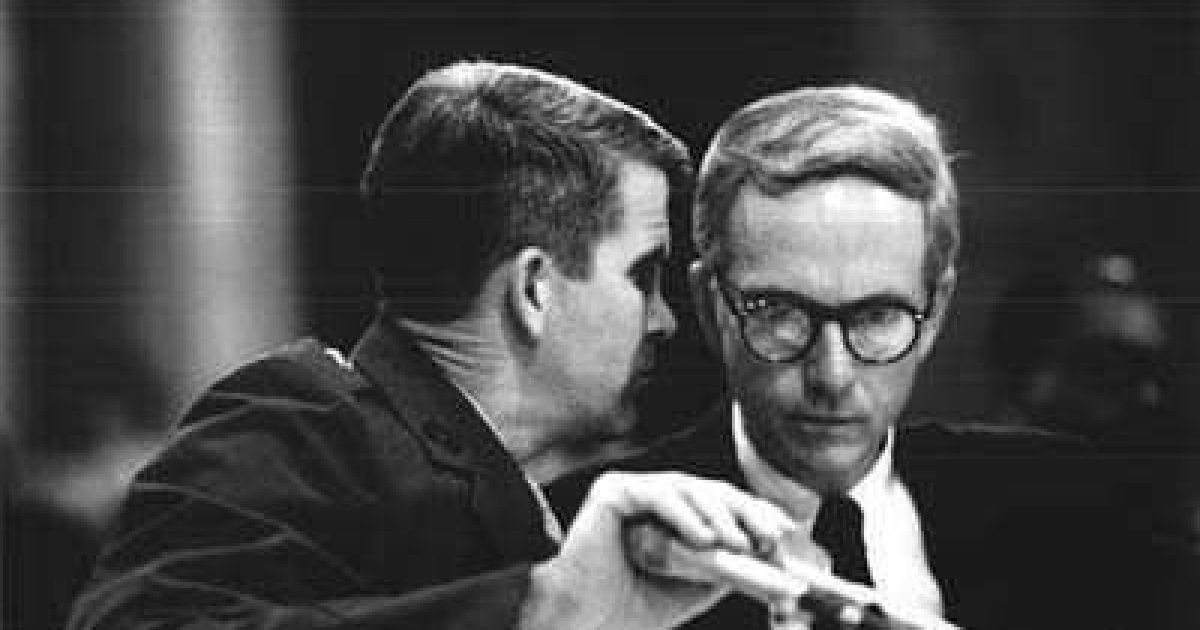 a look at the tangled us foreign policy scandal the iran contra affair The iran-contra affair (persian: ماجرای مکفارلین spanish: escándalo irán-contra) was a political scandal in the united states which came to light in november 1986, during the reagan administration, over an arms-for-hostages deal with iran and funding for the nicaraguan contras.