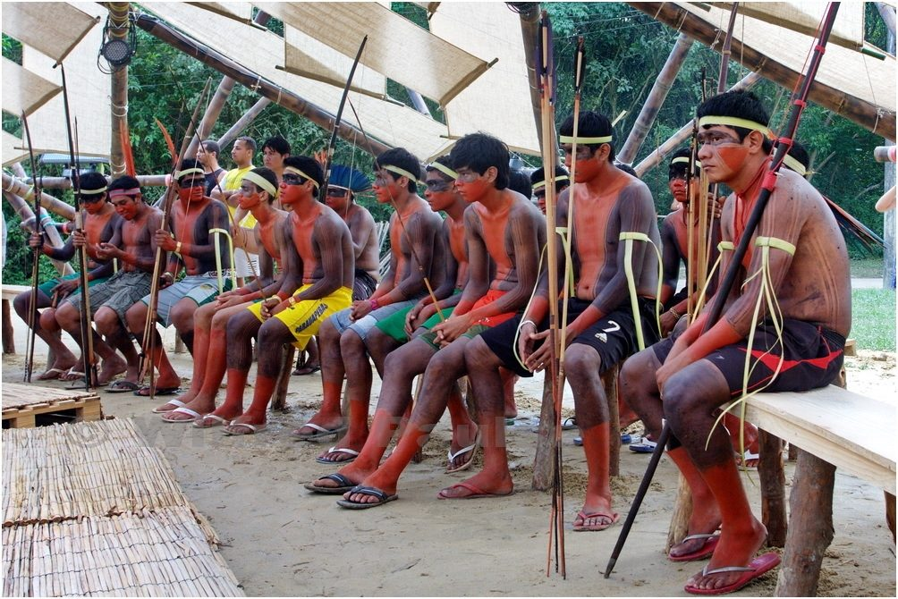 An indigenous delegation at the 2012 Kari-Oca event, which ran parallel to the Rio+20 Conference. © Wilfred Paulse