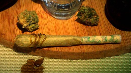 wax joint. how to roll a \u201clucille\u201d (wax joint with flavored tip): cannabasics #34 wax