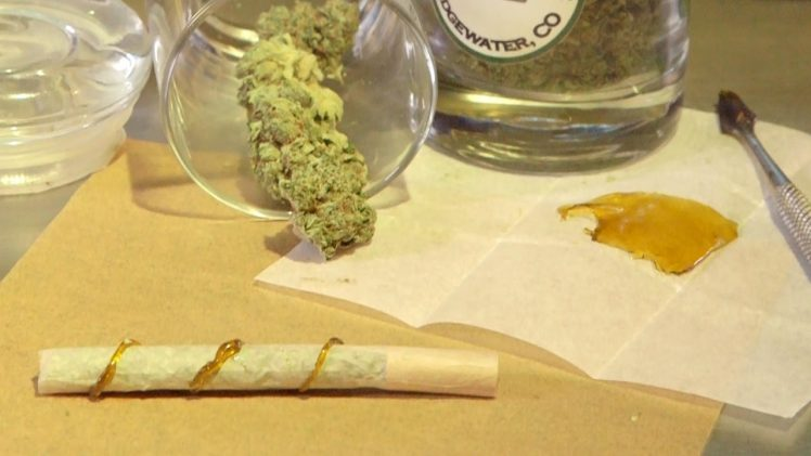 How to Roll a Wax Joint (Twax Joint or Blunt): Cannabasics #24