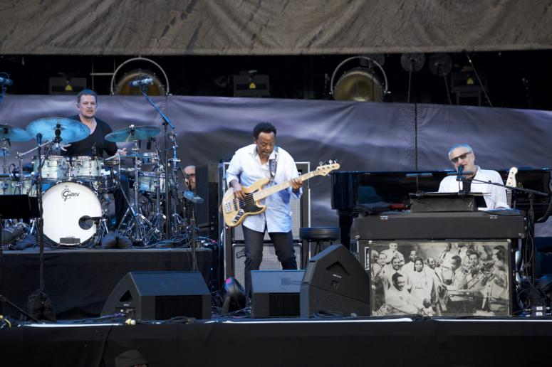 Photo gallery the eagles steely dan the doobie brothers at the steely dan while walter becker and jon herington did not perform larry carlton stood in malvernweather Gallery