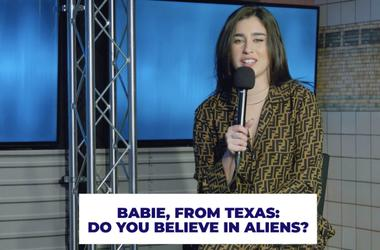 Lauren Jauregui Argues for that aliens are real.