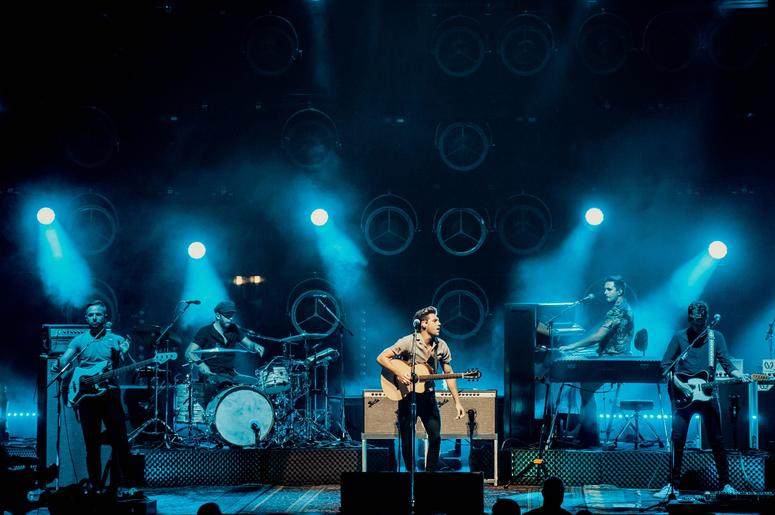 Niall Horan put on an incredible show for 97.1 AMP Radio listeners at the Five Point Amphitheater on August 8, 2018!