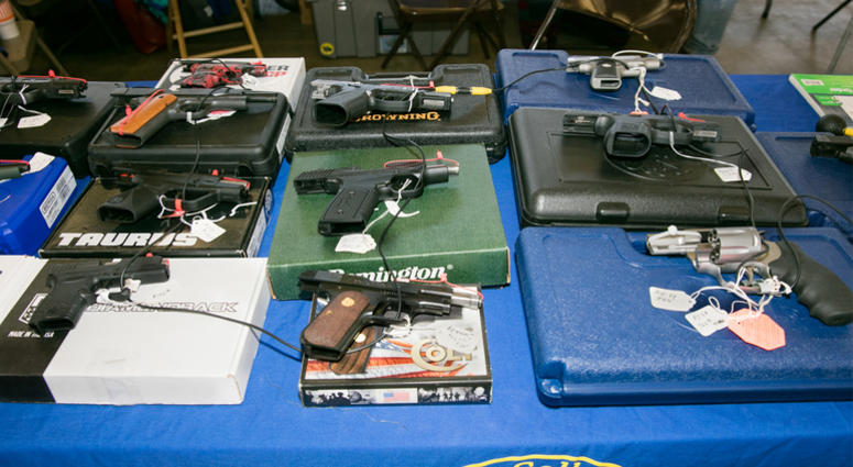 DALLAS, Jan. 7, 2018 (Xinhua) -- Guns are displayed at the Dallas Gun Show in Dallas, Texas, the United States, Jan. 6, 2018. The two-day event was hosted by the Dallas Arms Collectors Association. (Xinhua/Tian Dan) (zcc) (Photo by Xinhua/Sipa USA)