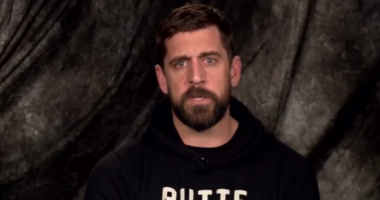Green Bay Pakcers quarterback Aaron Rodgers, who was born in Chico, is helping to raise money for survivors of the deadly fire in Butte County, California.