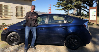 Jay Cradeur has experimented with driving for Uber and Lyft and in a taxi cab.