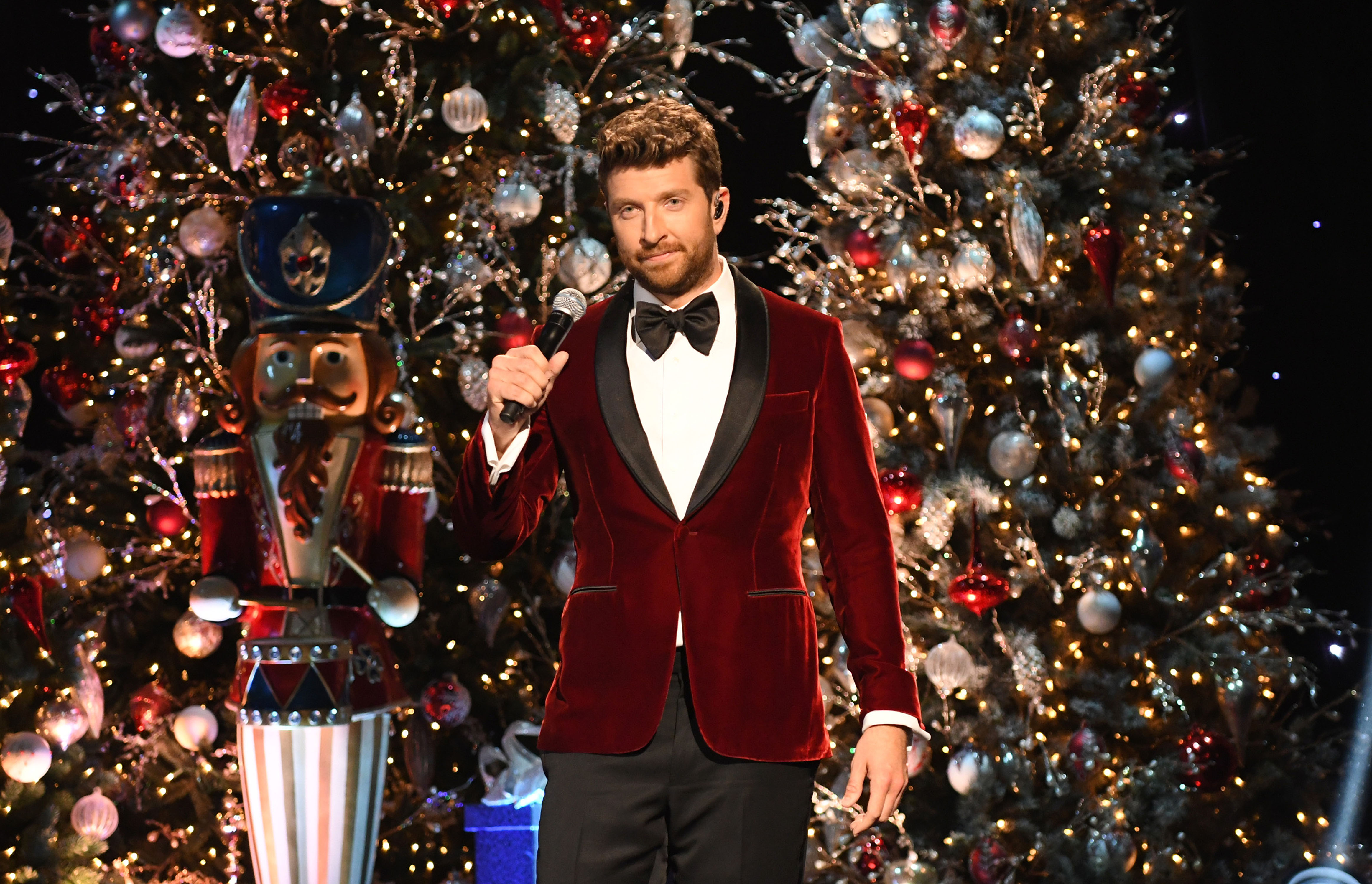 10 Best Country Christmas Songs | 95.1 FM & 92.9 FM