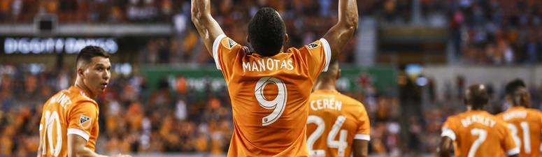 First Leg Of Texas Derby Ends In 1-1 Draw