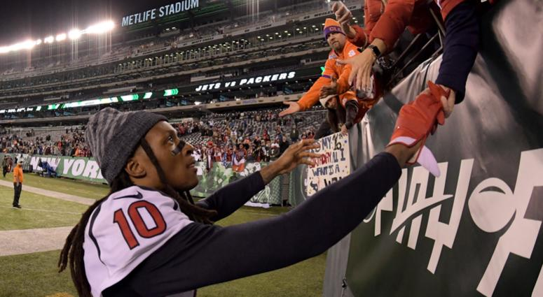 DeAndre Hopkins to donate playoff check to family of slain girl