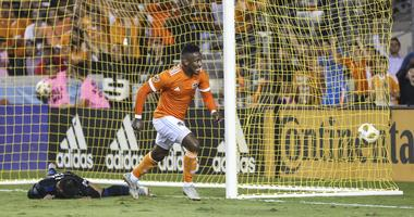 Dynamo Storm Back For Victory
