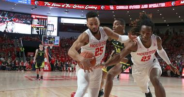 UH Improves To 8-0 with Win At Oklahoma State