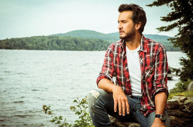 Win tickets to see Luke Bryan at RODEO HOUSTON