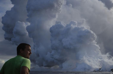 Toxic Cloud Caused By Hawaii Volcano Lava Emerges Over Ocean